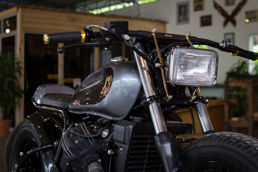 CX400 By The Sports